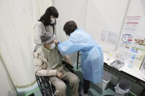 85 people in Japan died after receiving Pfizer COVID-19 vaccines