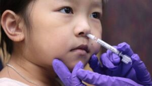 What are advantages of the nasal spray COVID-19 vaccine?