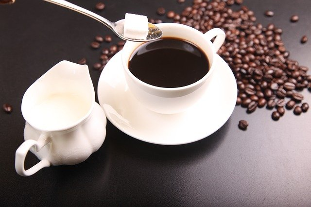 Drinking too much coffee may cause blindness