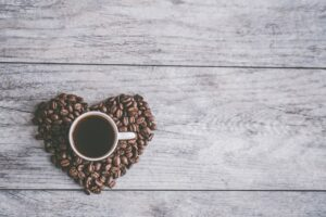 Less than 3 cups of coffee daily can improving heart health and reducing the risk of death
