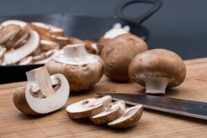 Can eating mushrooms reduce the risk of breast cancer?