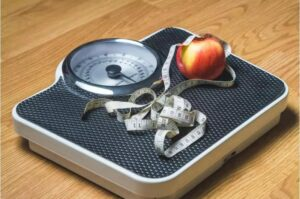 People aged 18 to 24 have the highest risk of being overweight or obese