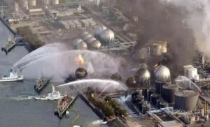 Fukushima: 8 workers cancer | Thyroid cancer in children soared 23 times.