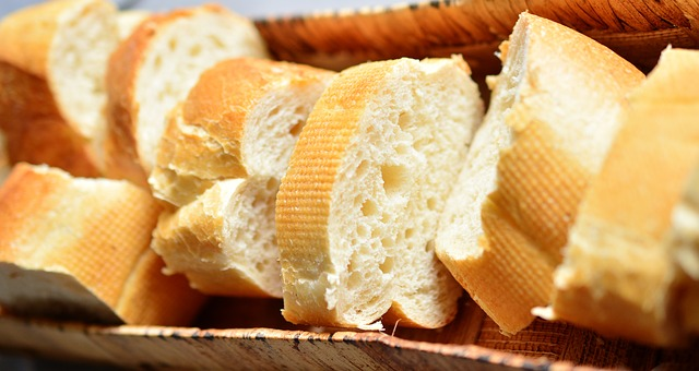 Why should cancer patients reduce their consumption of refined foods?