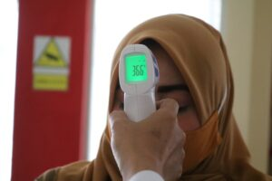 Why people not having a fever long time are more susceptible to cancer?
