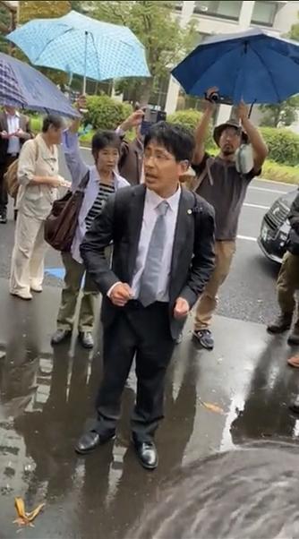 """Japan """"Anti-Vaccine Litigation"""" begins and Hundreds of demonstrators"""
